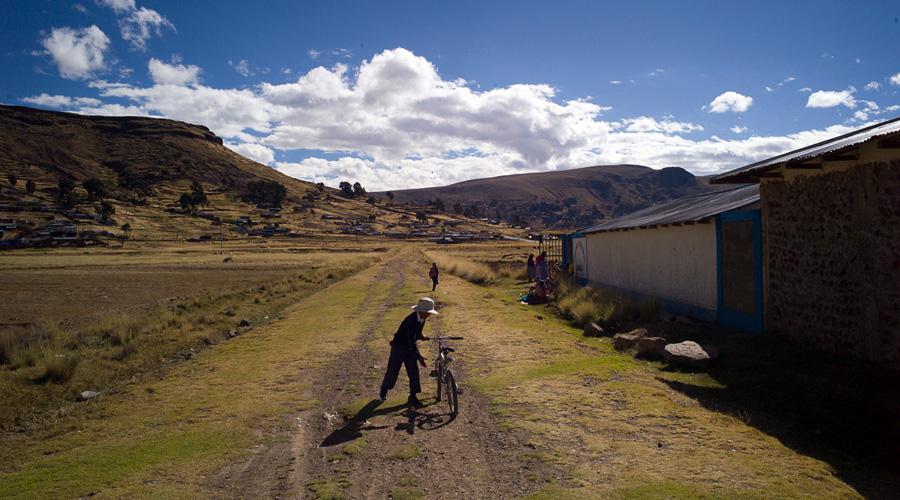 Intercrafts Peru - Ten Thousand Villages Learning Tour
