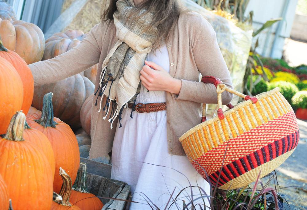 Thanksgiving Decorating, Fall decorating - harvest home - farmers market shopping - produce, gourds, pumpkin, mums - cornucopia