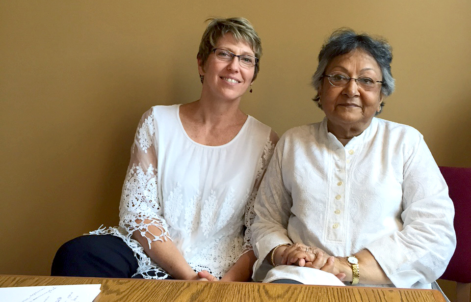 Eco-leather: free of chemicals, full of hope. Irani Sen, from CRC in India visits Ten Thousand Villages home offices in Akron, PA