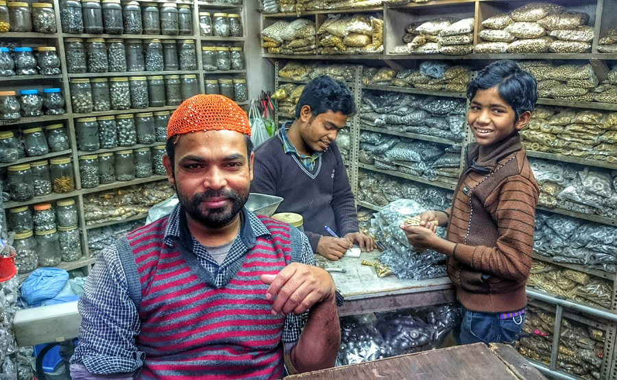They say you can find anything you're looking for in Chandni Chowk market. Adventures of finding Fair Trade jewelry supplies for Ten Thousand Villages.