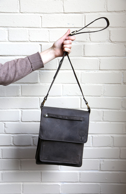 Eco Leather Shoulderbag, perfect for adventures! #Livelifefair