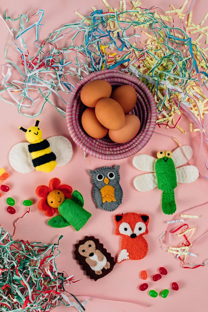 Eco-friendly Easter Baskets | hand-felted finger puppets