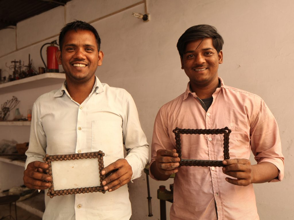 Reducing Waste | Bicycle Chain Picture Frame