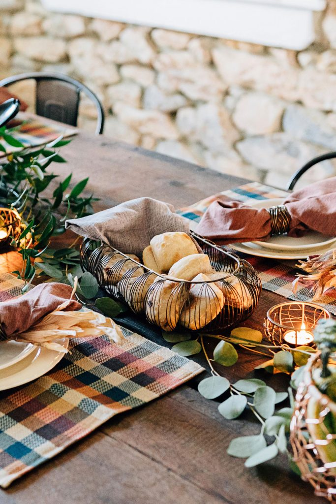 Ethical Holiday Table | Delicate Lines Bread Basket