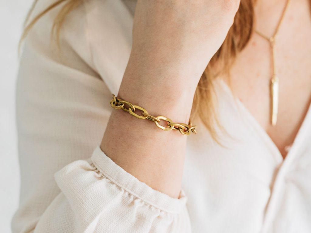 Stylist Spotlight | Small Chain Link Bracelet